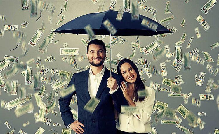 Cuando tu negocio crece, también puedes contratar a gente que te ayude, permitiéndote aún más tiempo. Una mejor mentalidad sobre el dinero...