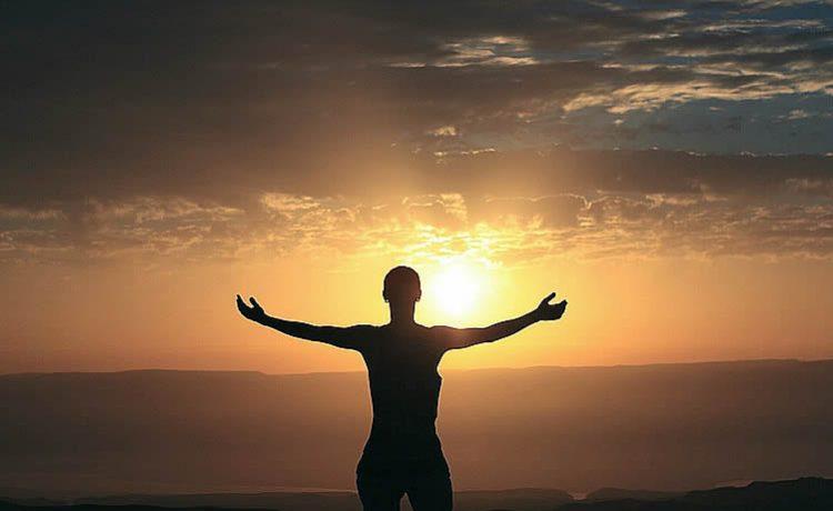 Al leer este artículo usted sabra que alinear ley de atracción y dinero tiene sus métodos, fáciles y profundos. Lo primero es ser muy positivo...
