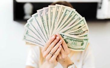 actitud saludable hacia el dinero